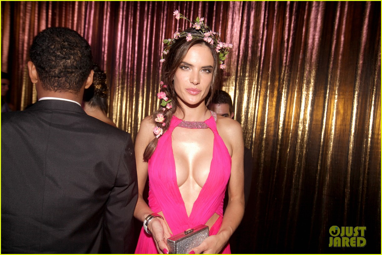 alessandra ambrosio displays all her assets with plunging neckline high slit dress 02