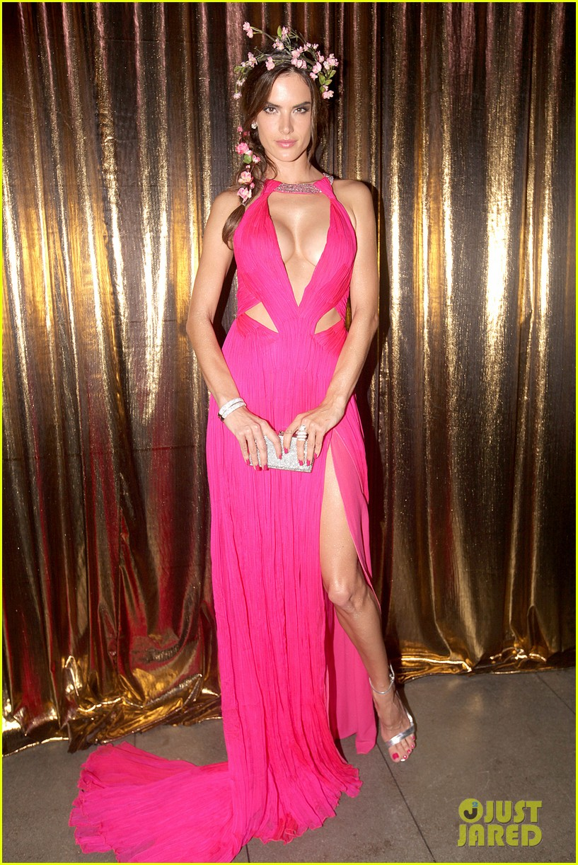 alessandra ambrosio displays all her assets with plunging neckline high slit dress 10
