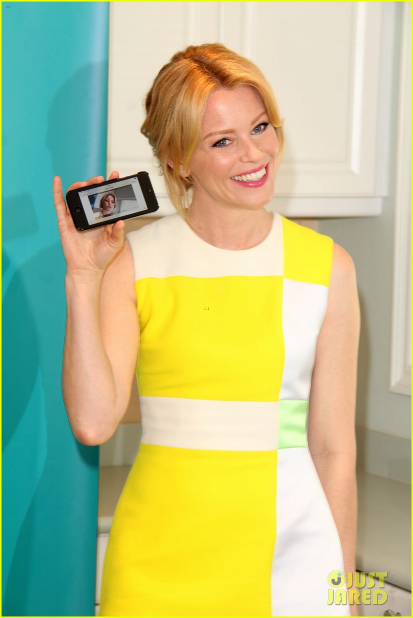 elizabeth banks jennifer lawrence ate my birthday cake before me 203053061