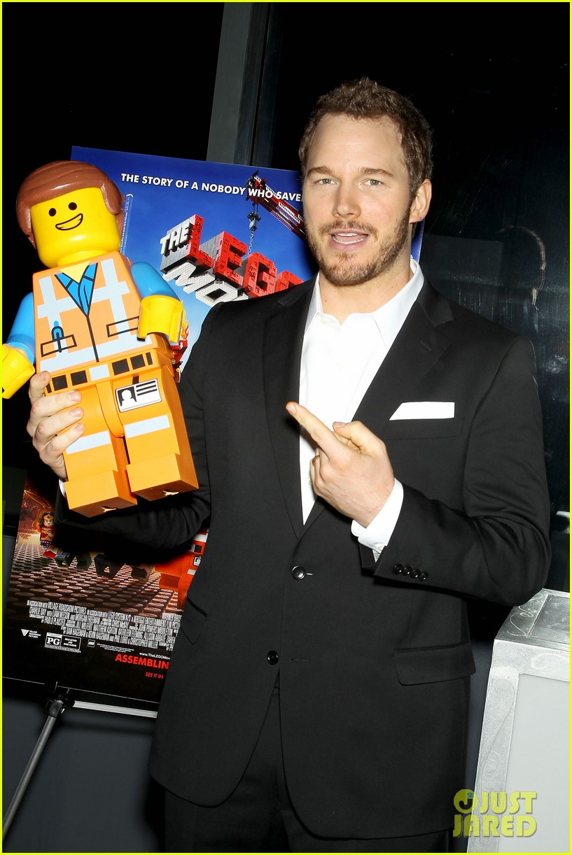 elizabeth banks chris pratt lego movie nyc screening 183048261