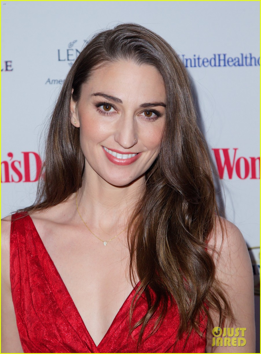 sara bareilles puts on her little red dress for womans day 02