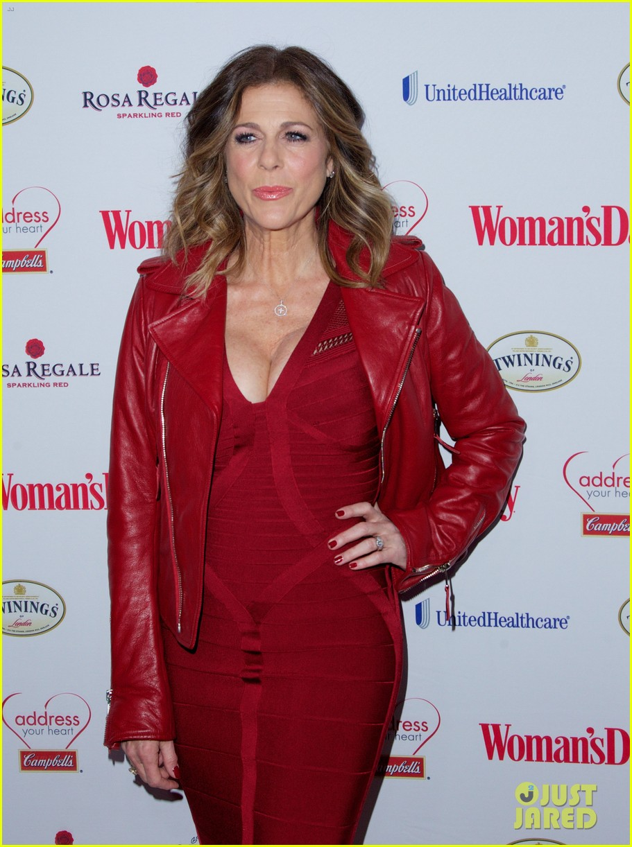 sara bareilles puts on her little red dress for womans day 073051761