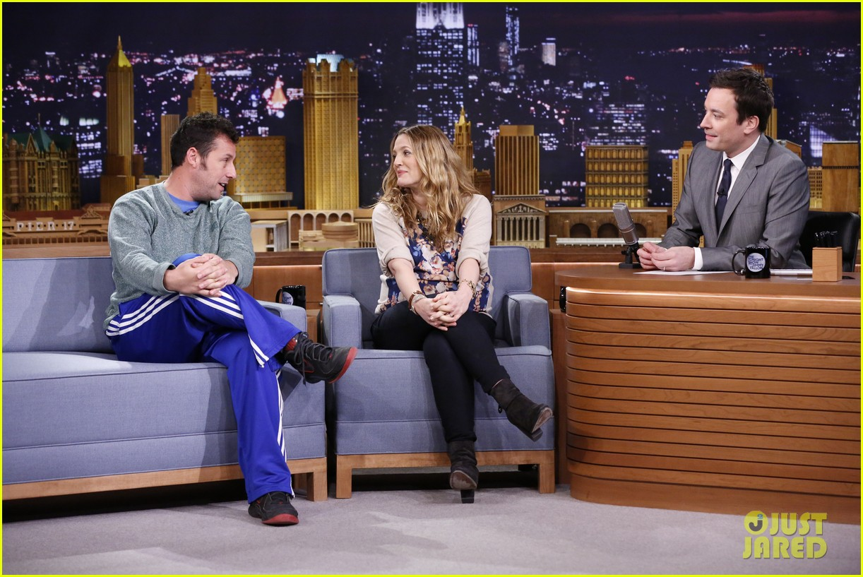 adam sandler sings to pregnant drew barrymore on fallon 153061310