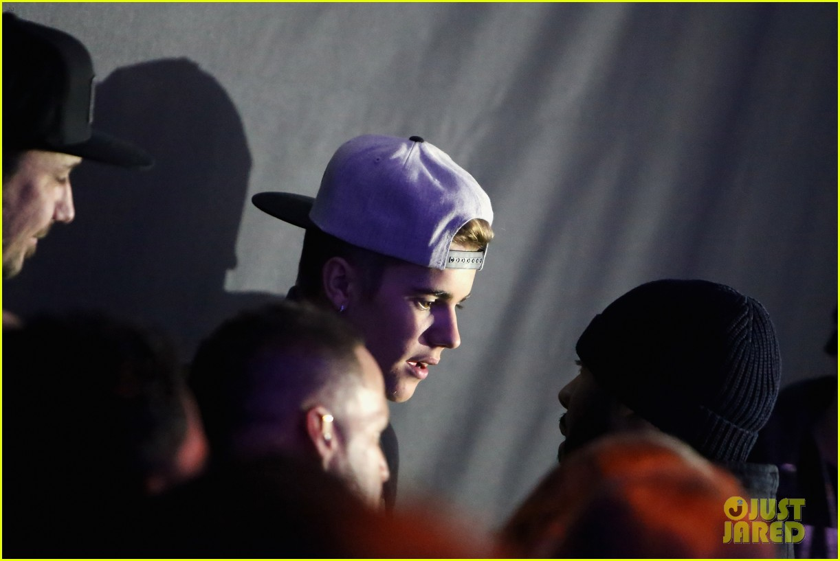 justin bieber hits up maxim super bowl party after plane flagged by customs 02