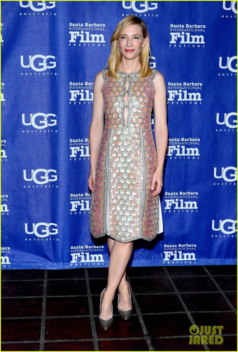 cate blanchett honored by rooney mara at santa barbara film festival 07