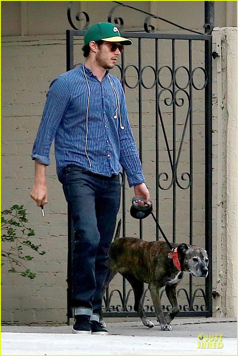 adam brody steps out with ring after wedding rumors 133055882