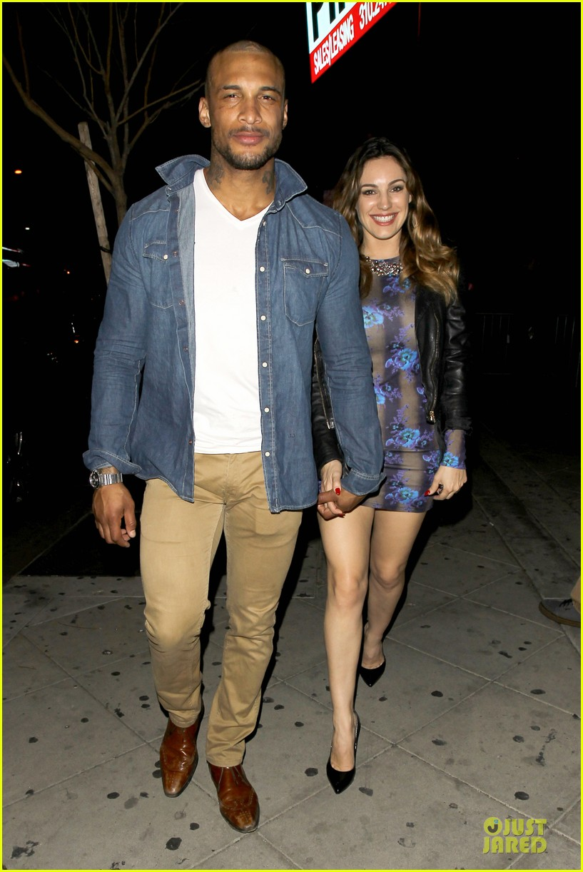 kelly brook brook mcintosh hold hands at 1 oak nightclub 06