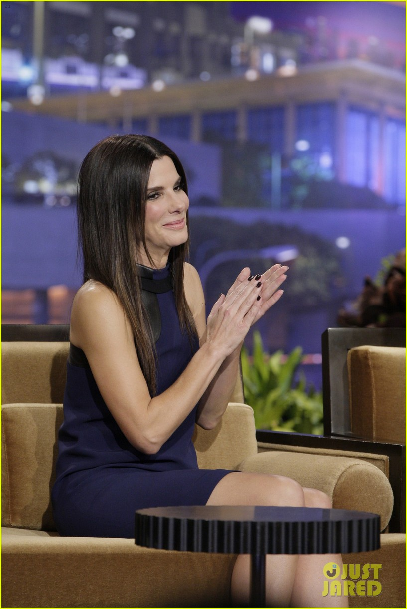 sandra bullock visits jay leno for his second to last show 02