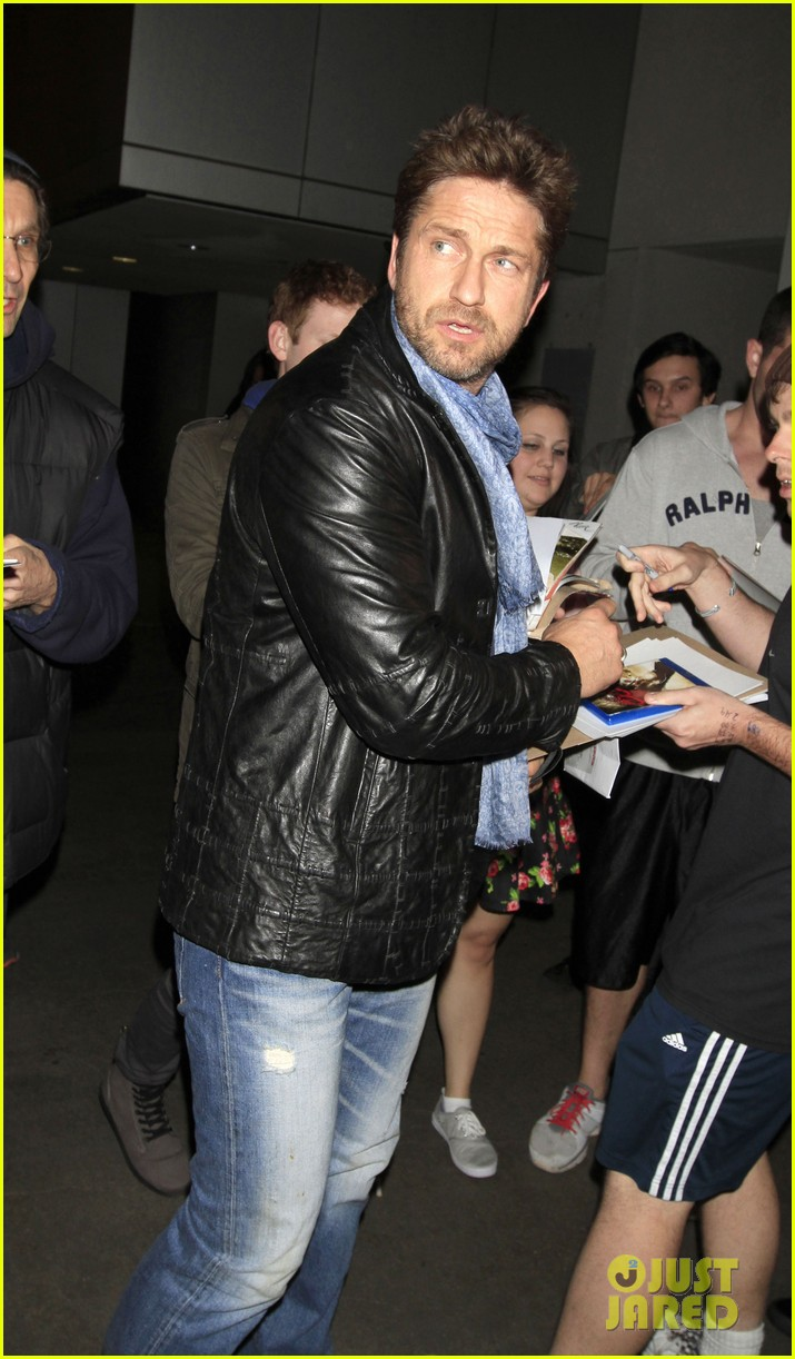 gerard butler from nyc to lax 02