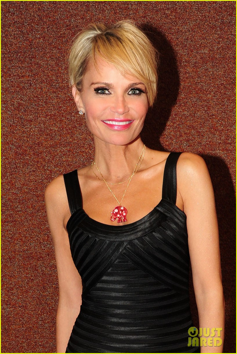 kristin chenoweth i will tour in the uk soon 09