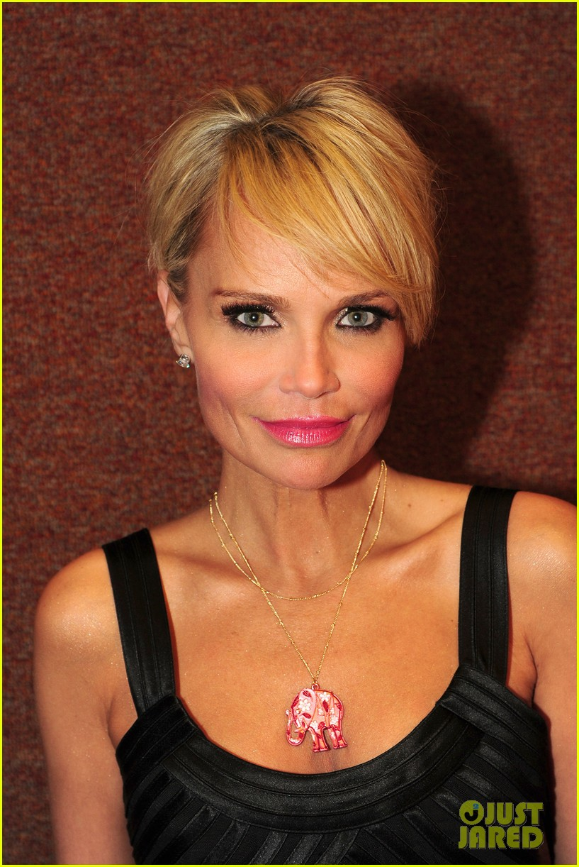 kristin chenoweth i will tour in the uk soon 10