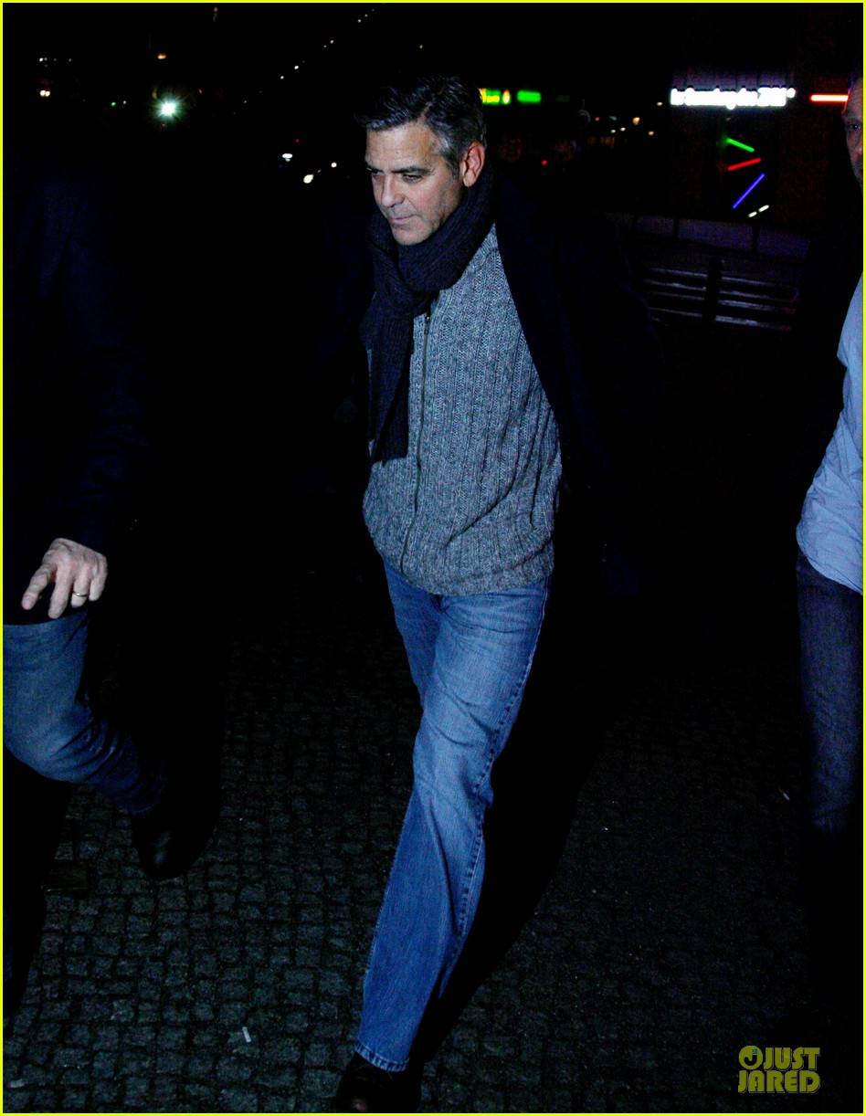 george clooney matt damon monuments men cast dinner before berlin film festival 143049394