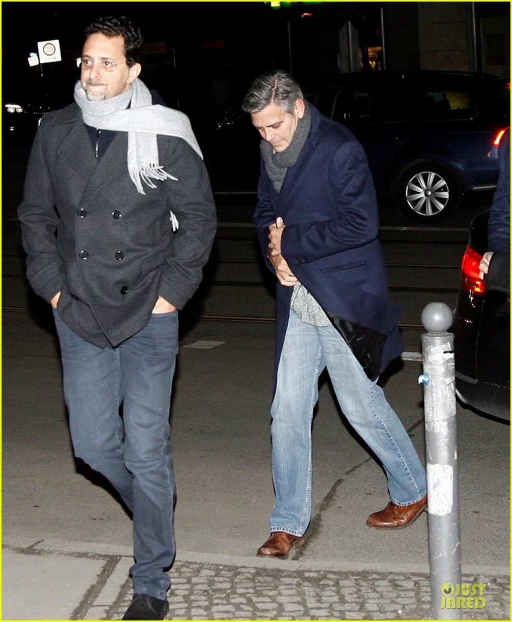 george clooney matt damon monuments men cast dinner before berlin film festival 183049398