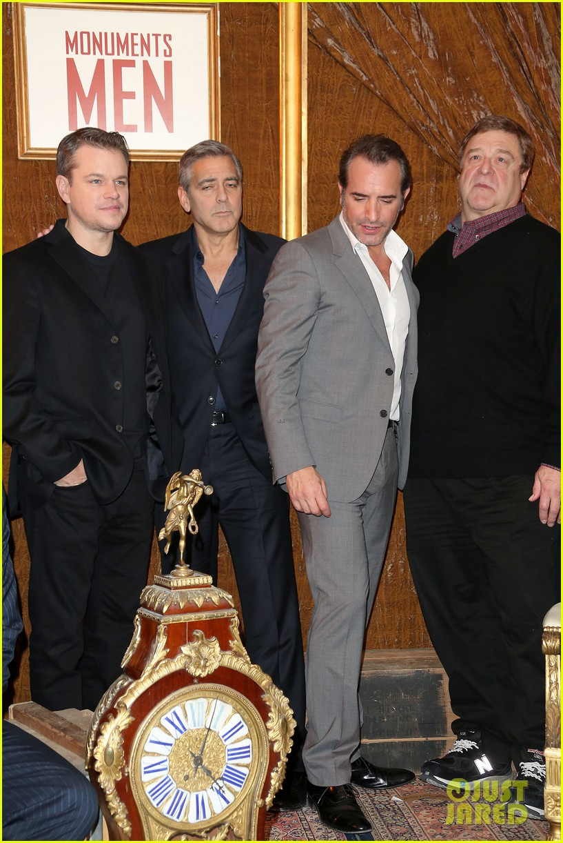 george clooney matt damon bring monuments to paris 05
