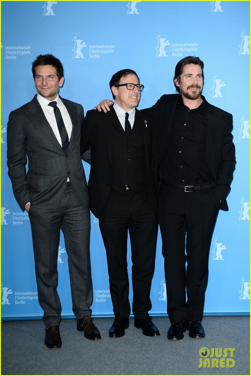 bradley cooper christian bale american hustle berlinale photo call 043049195