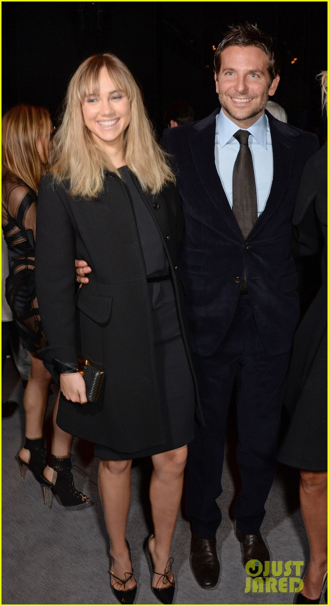 bradley cooper suki waterhouse tom ford fashion show 03
