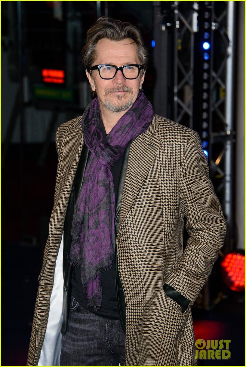 abbie cornish gary oldman robocop uk premiere 103048128