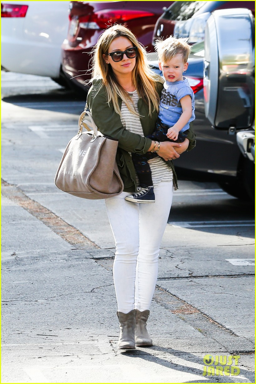 hilary duff beverly hills shopper with son luca 163057893