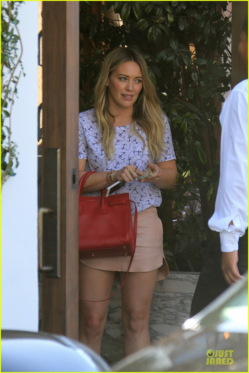 hilary duff groping allowed at cecconis 21