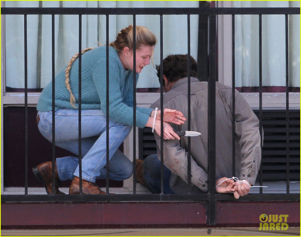kirsten dunst michael shannon film bloody tearful midnight special scenes 083059170