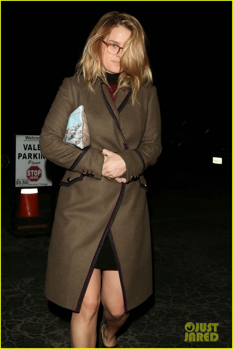 alice eve hugs her mystery male goodbye after lunch 113057924