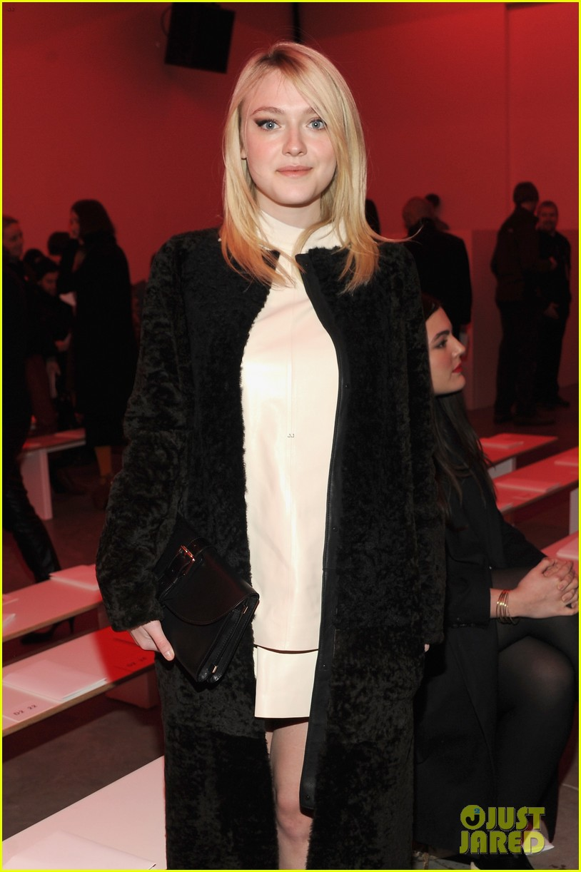 dakota fanning covers up at proenza schouler fashion show 093052480