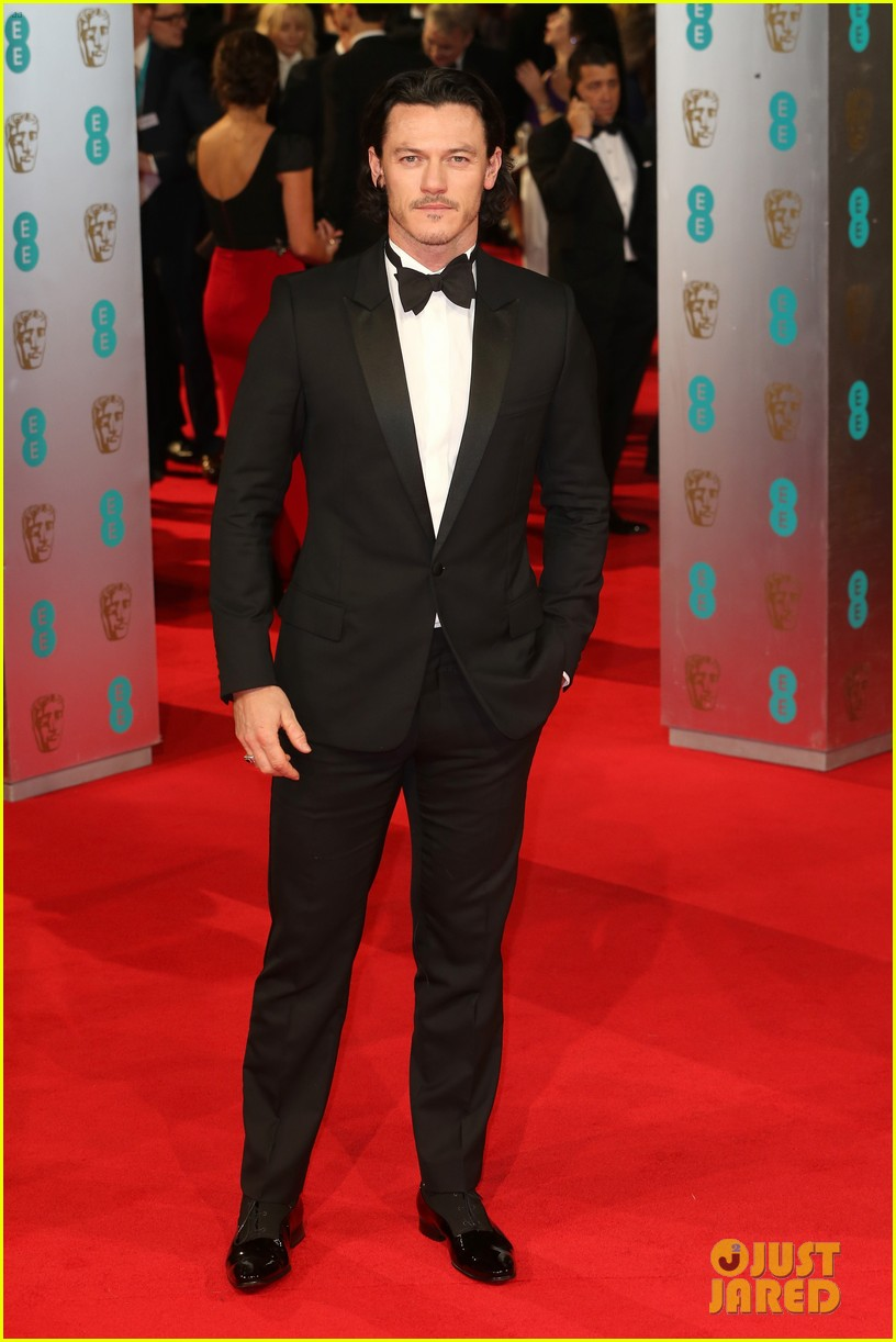 michael fassbender luke evans make us swoon at baftas 2014 053054694