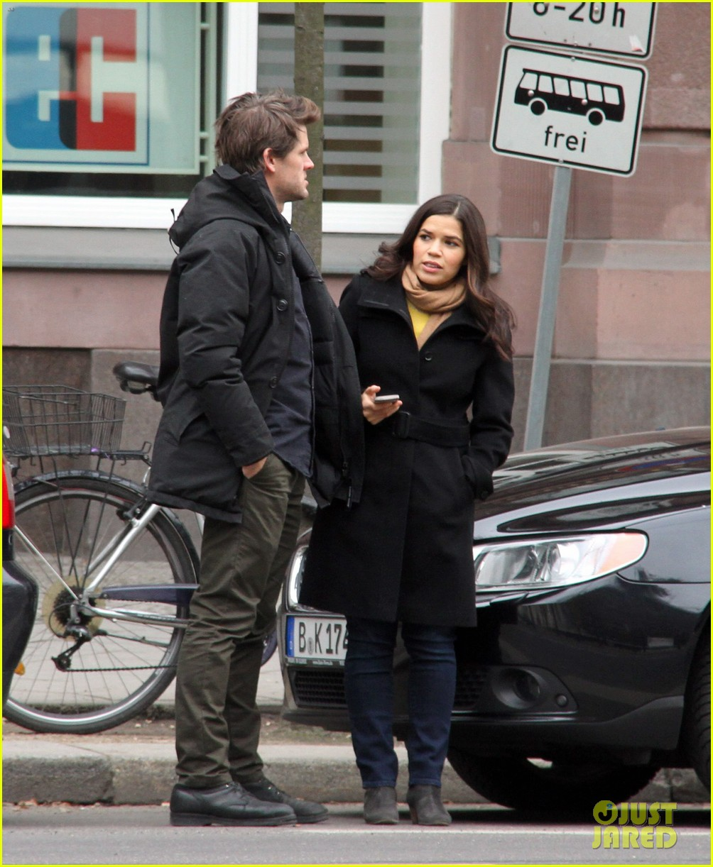 america ferrera goes sightseeing in berlin with her husband 04