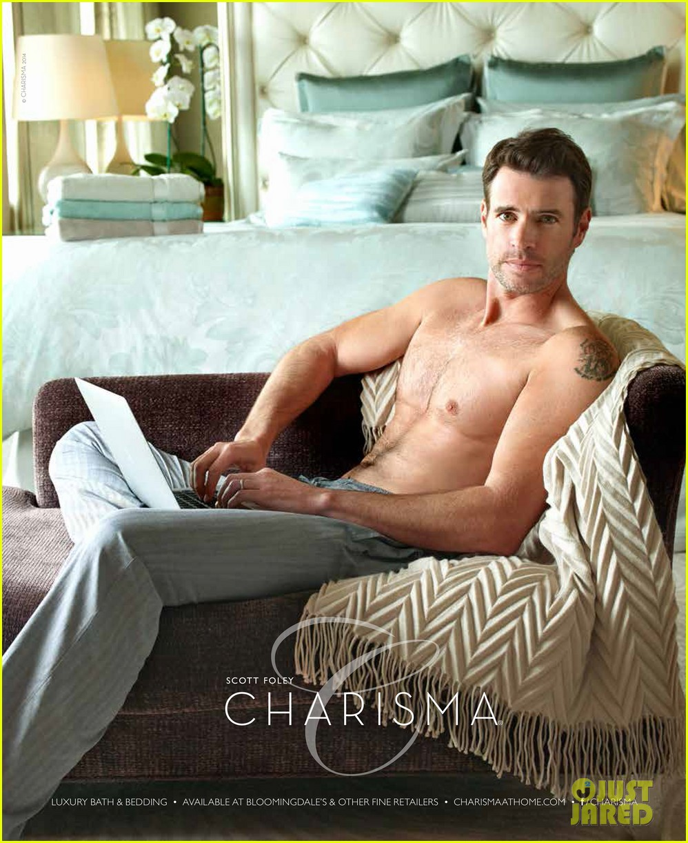 scott foley is super hunky goes shirtless in a towel for charisma 023060325