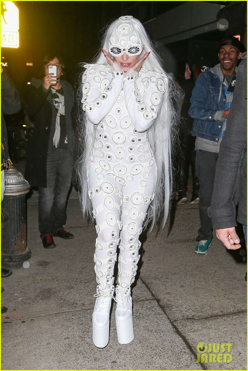 lady gaga is a bride see her throwing a bouquet of flowers 053057625