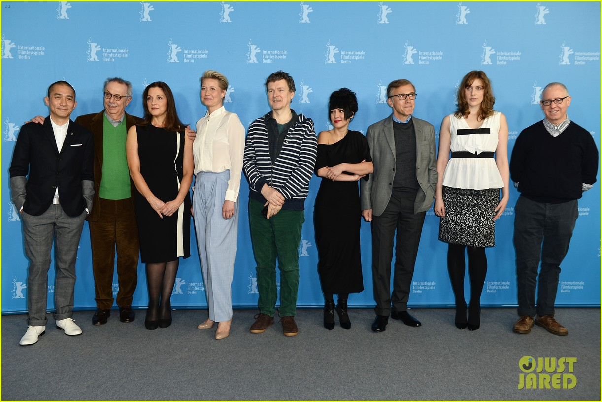 greta gerwig christoph waltz berlinale festival 2014 jury photo call 073048505