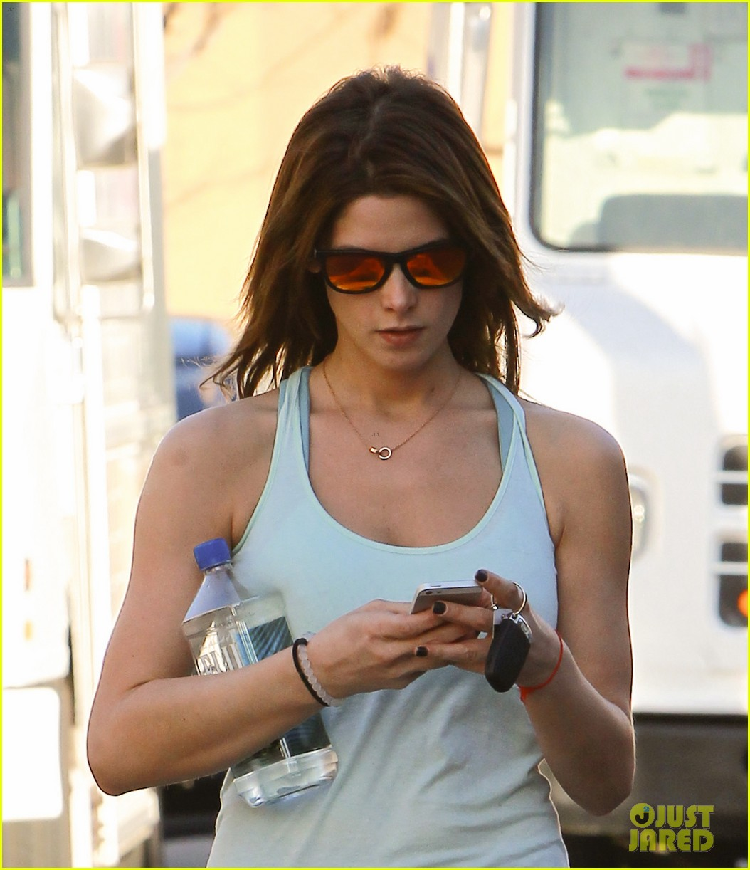 ashley greene new face of oakley eyewears 2014 campaign 143057664