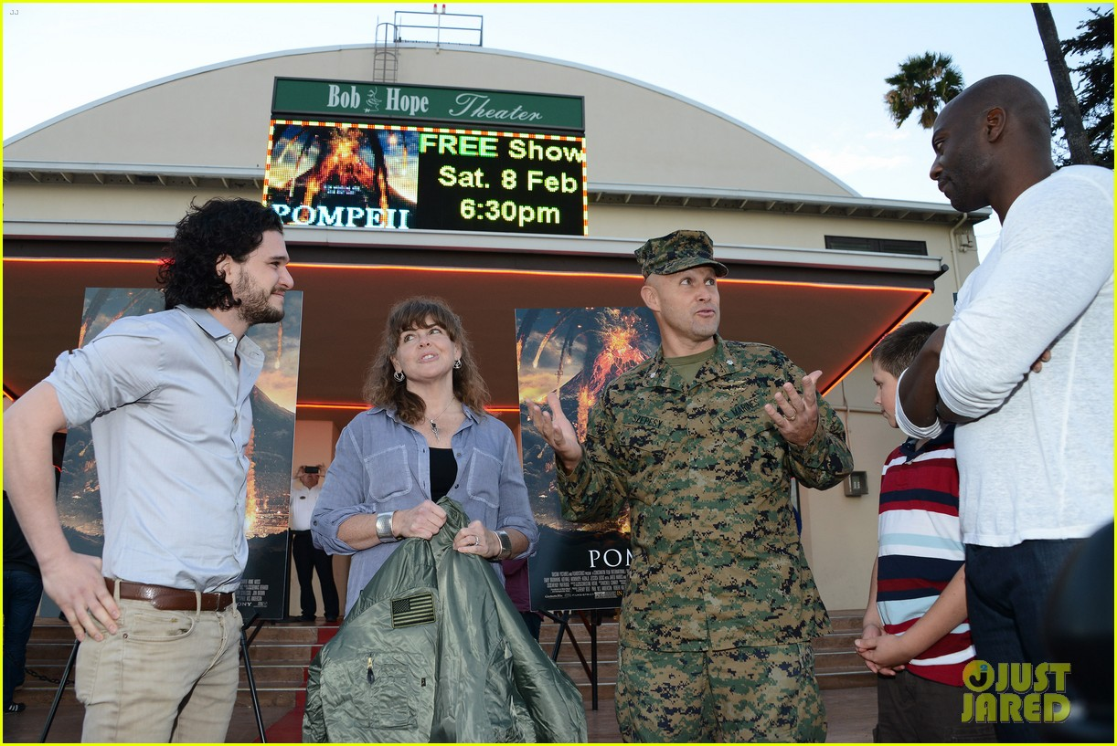 kit harington brings his movie pompeii to miramar naval base 083050751