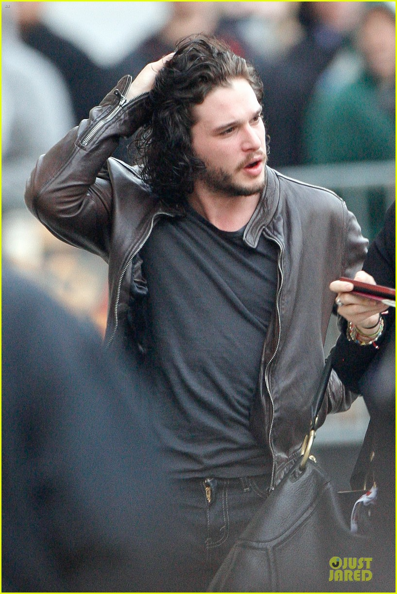 kit harington i never expected to be an action hero 02