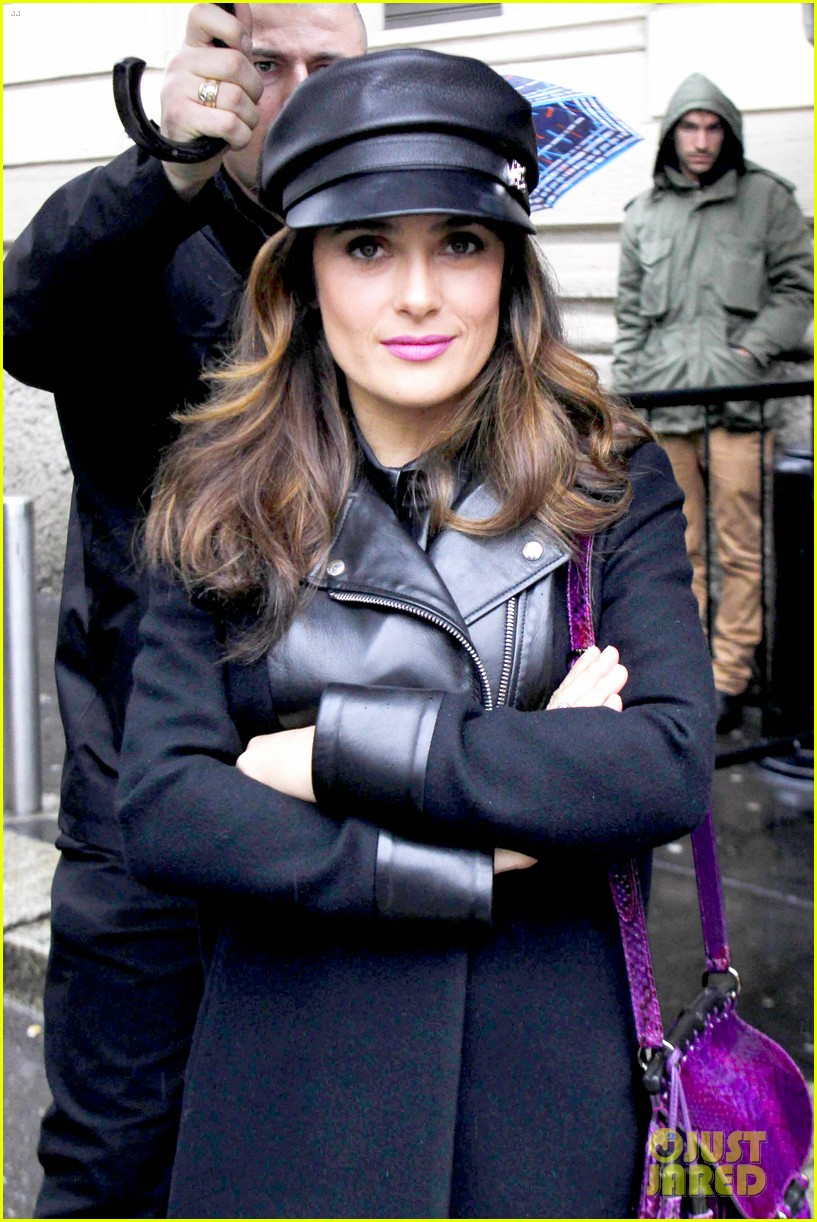 salma hayek gucci fashion show with francois henri pinault 063056647