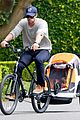 chris hemsworth supports sean penns jp hro foundation on daddy duty with india 01
