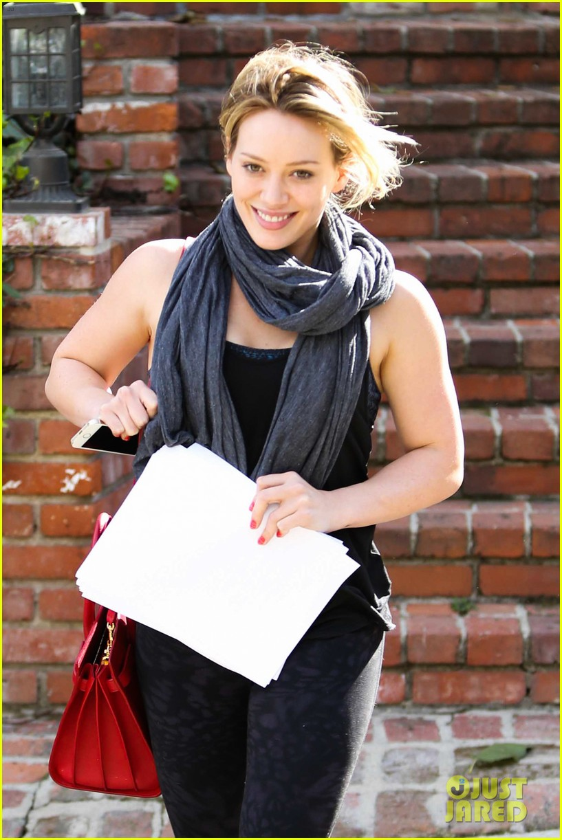 hilary duff how you glow event mike comrie parties in nyc 033045605