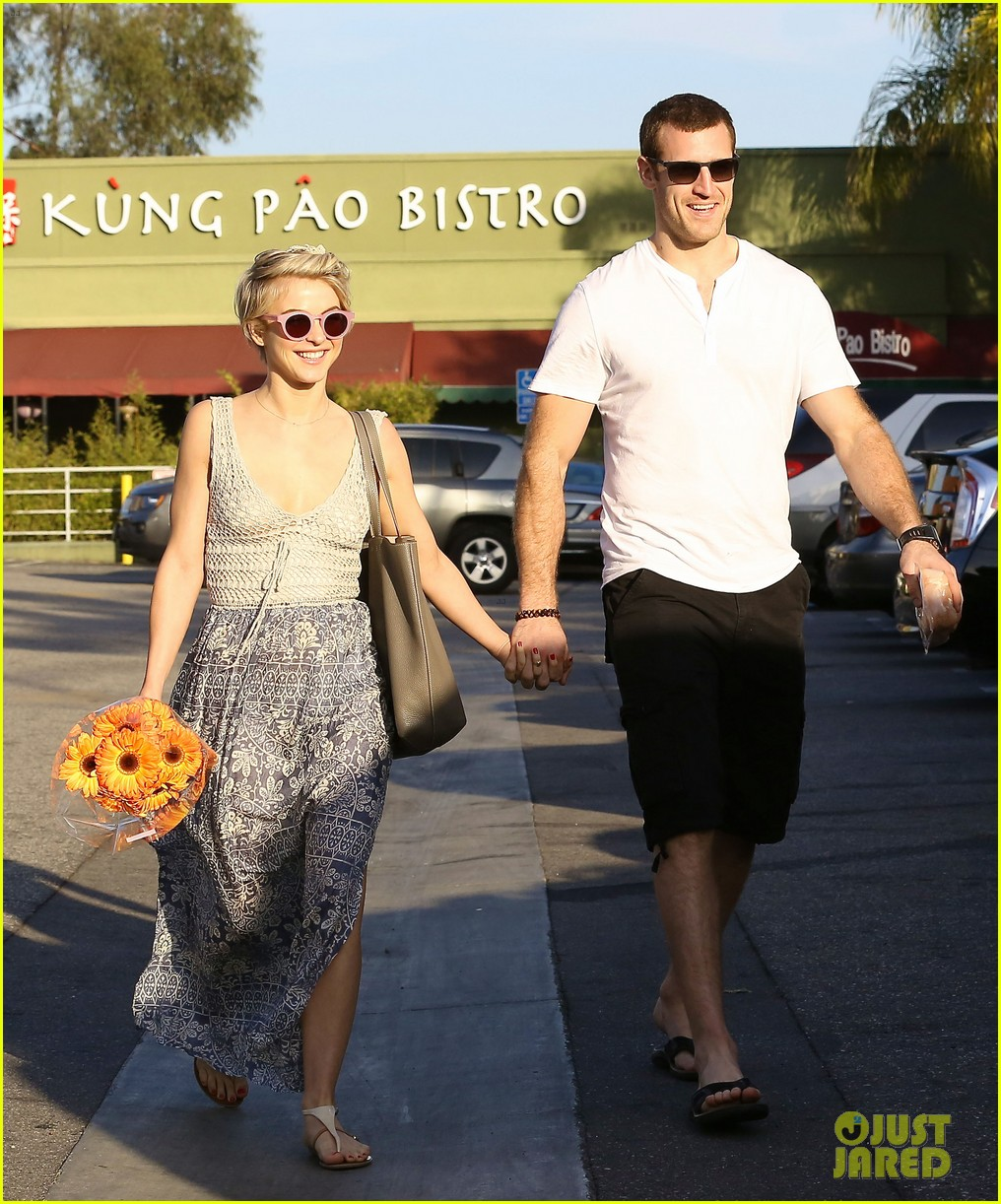 julianne hough new boyfriend brooks laich look so in love 053055413