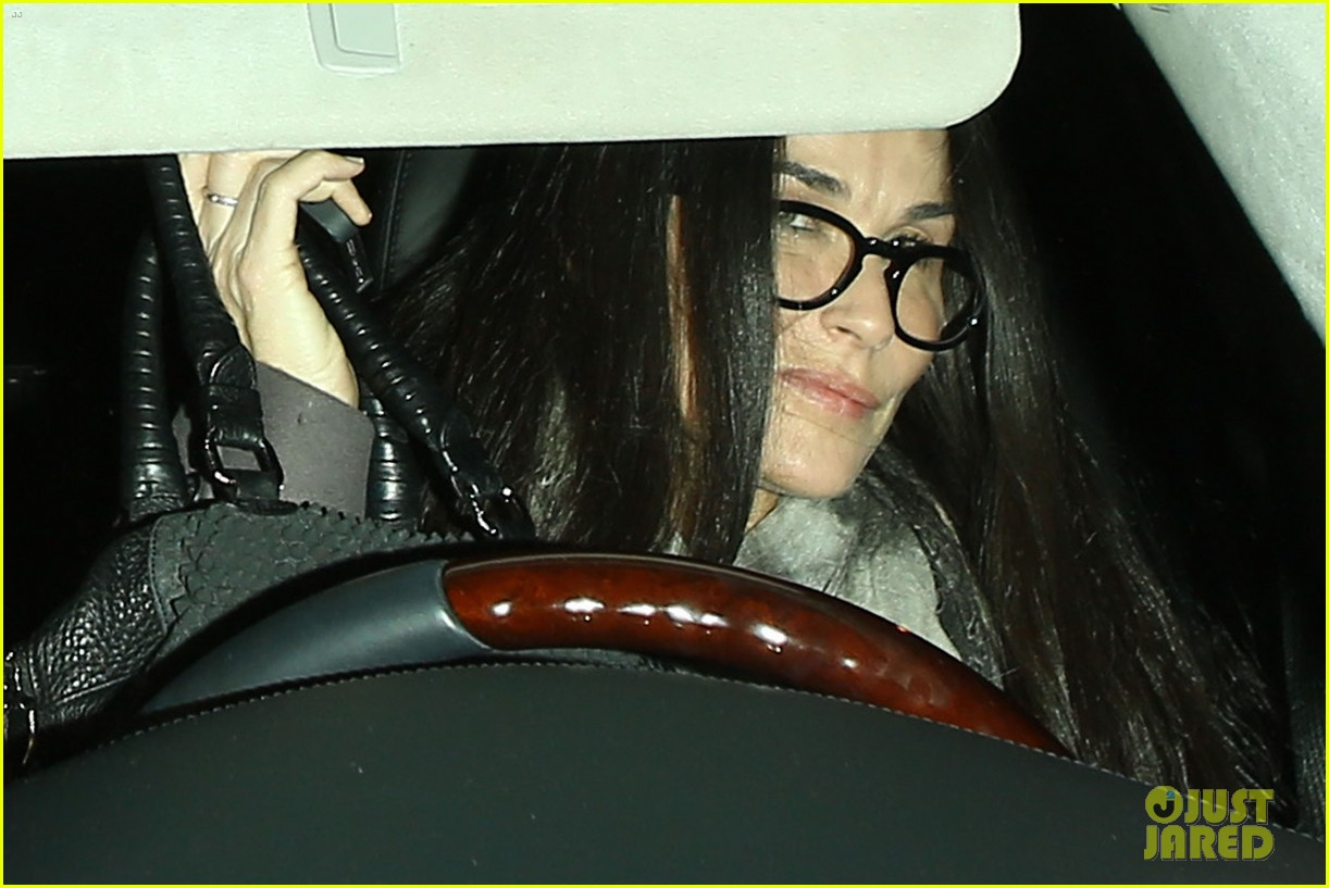 kate hudson demi moore celebrate michael sheens birthday 15