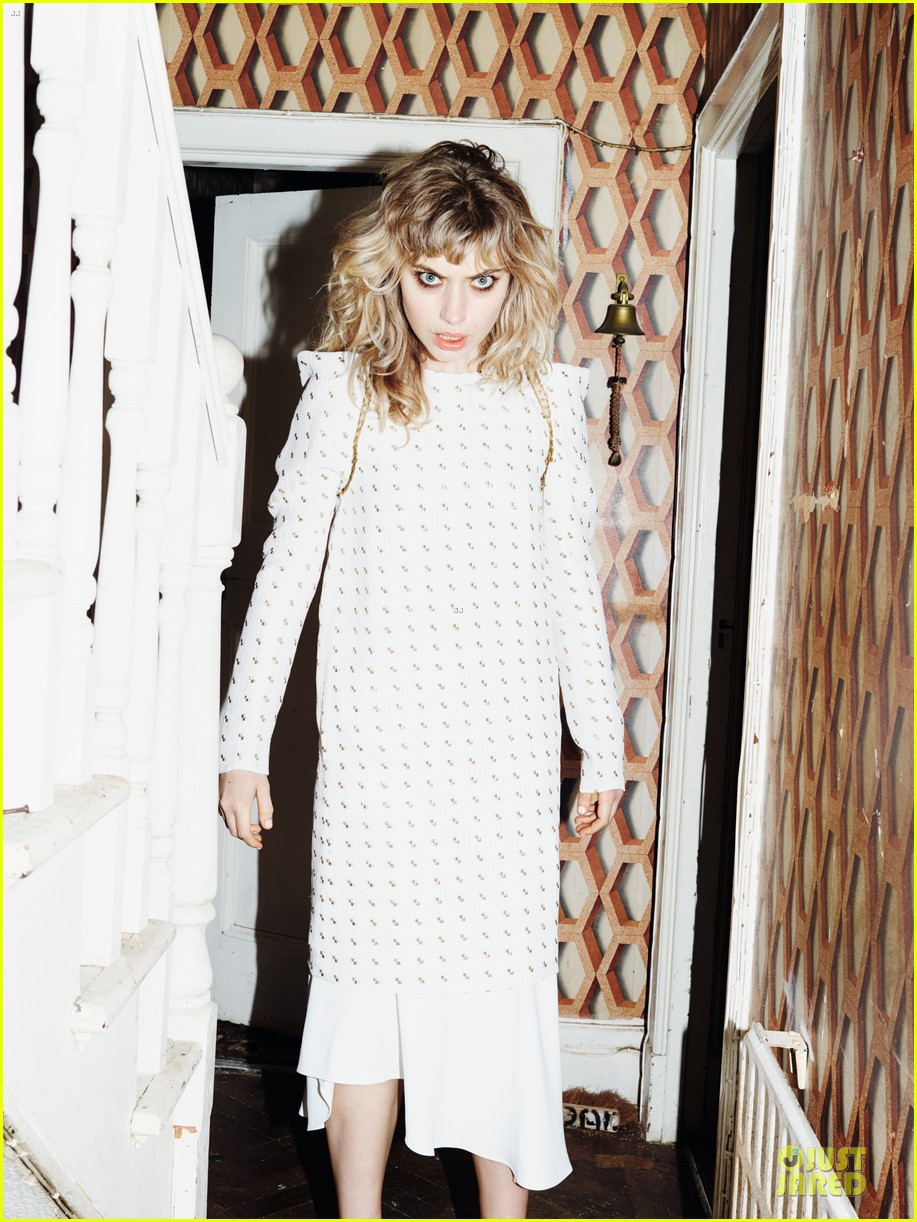 imogen poots muse magazine spring 2014 feature exclusive 04