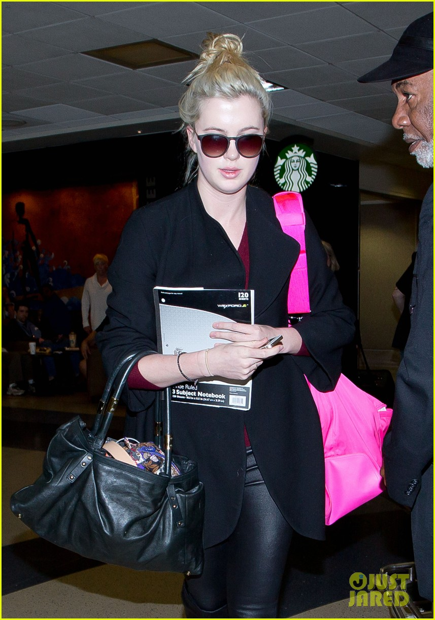 ireland baldwin heads back to los angeles after nyfw 07