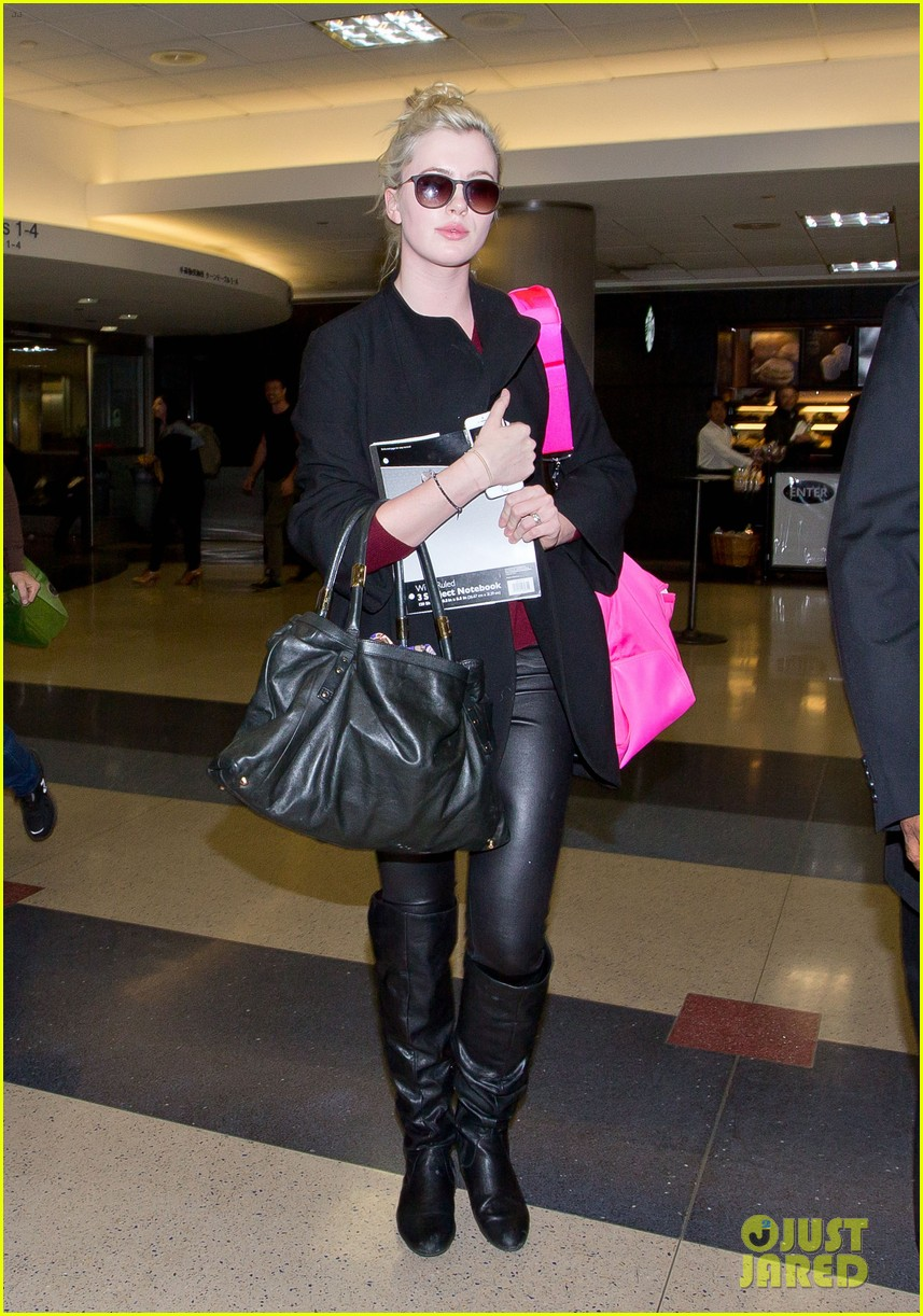 ireland baldwin heads back to los angeles after nyfw 10