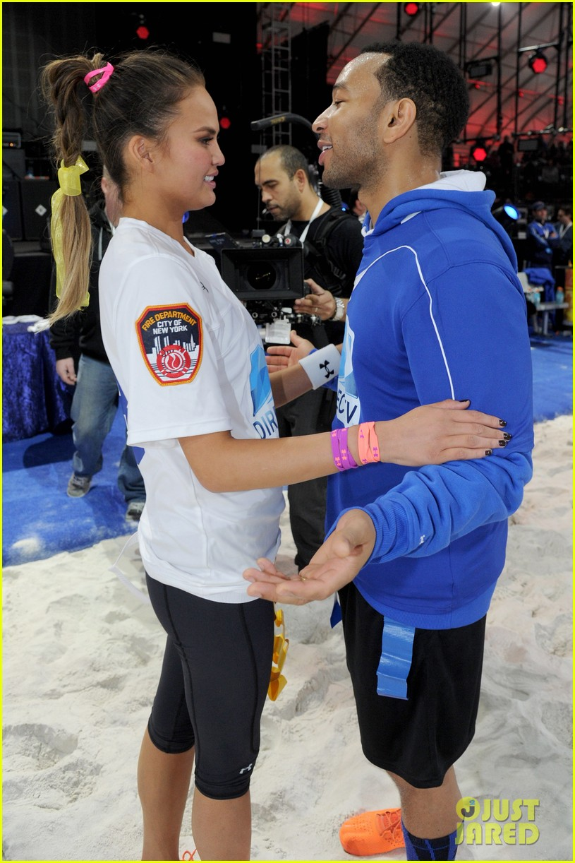 john legend chrissy teigen competing couple directv beach bowl 2014 03