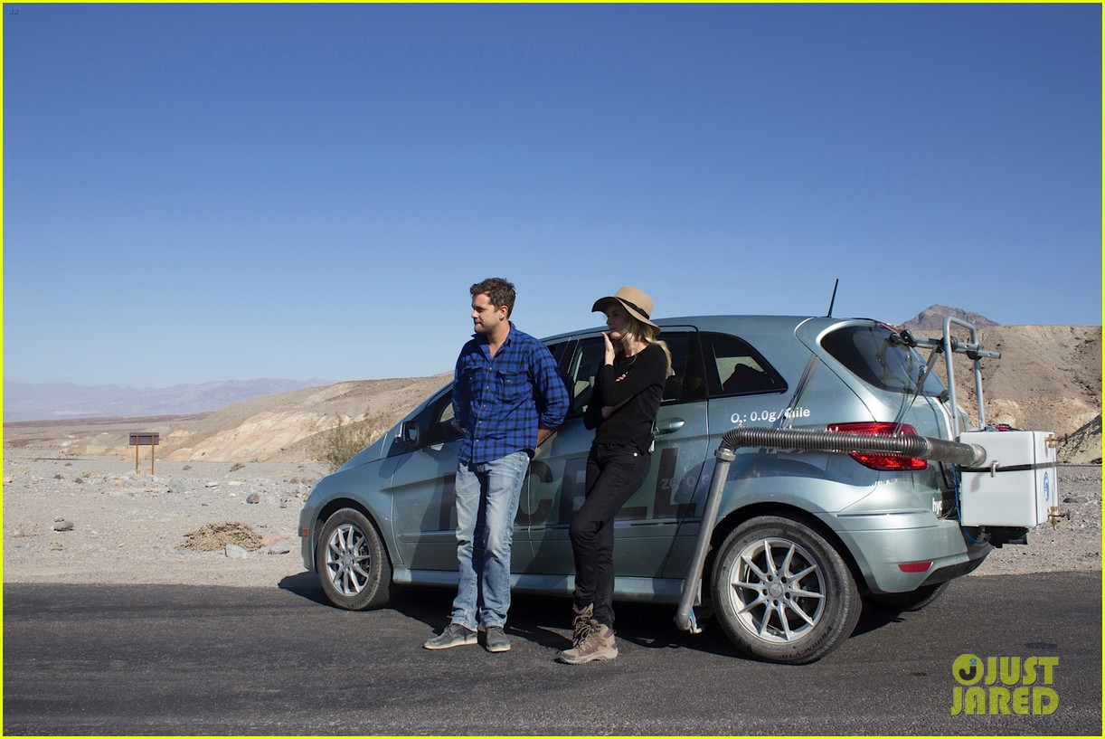 joshua jackson diane kruger survive death valley only on water emitted from their f cell car 03