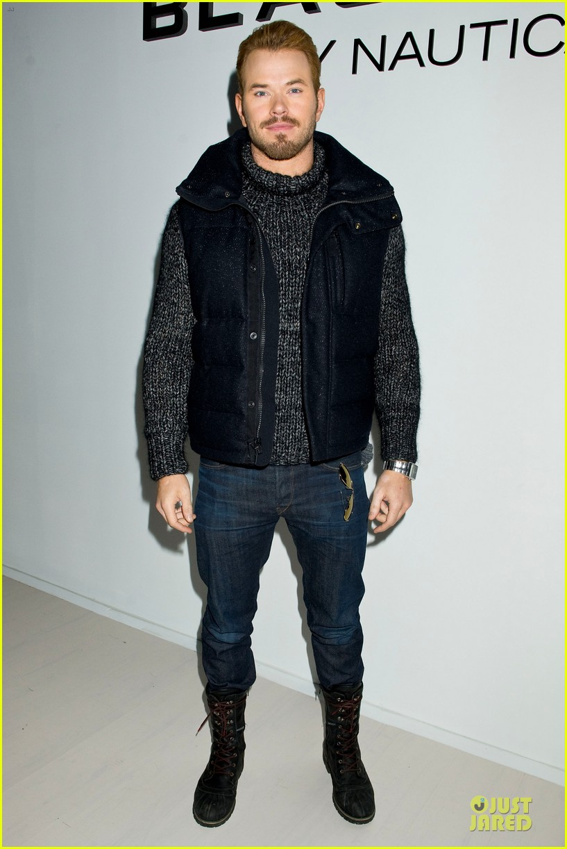 kellan lutz black sail by nautica fashion show 06