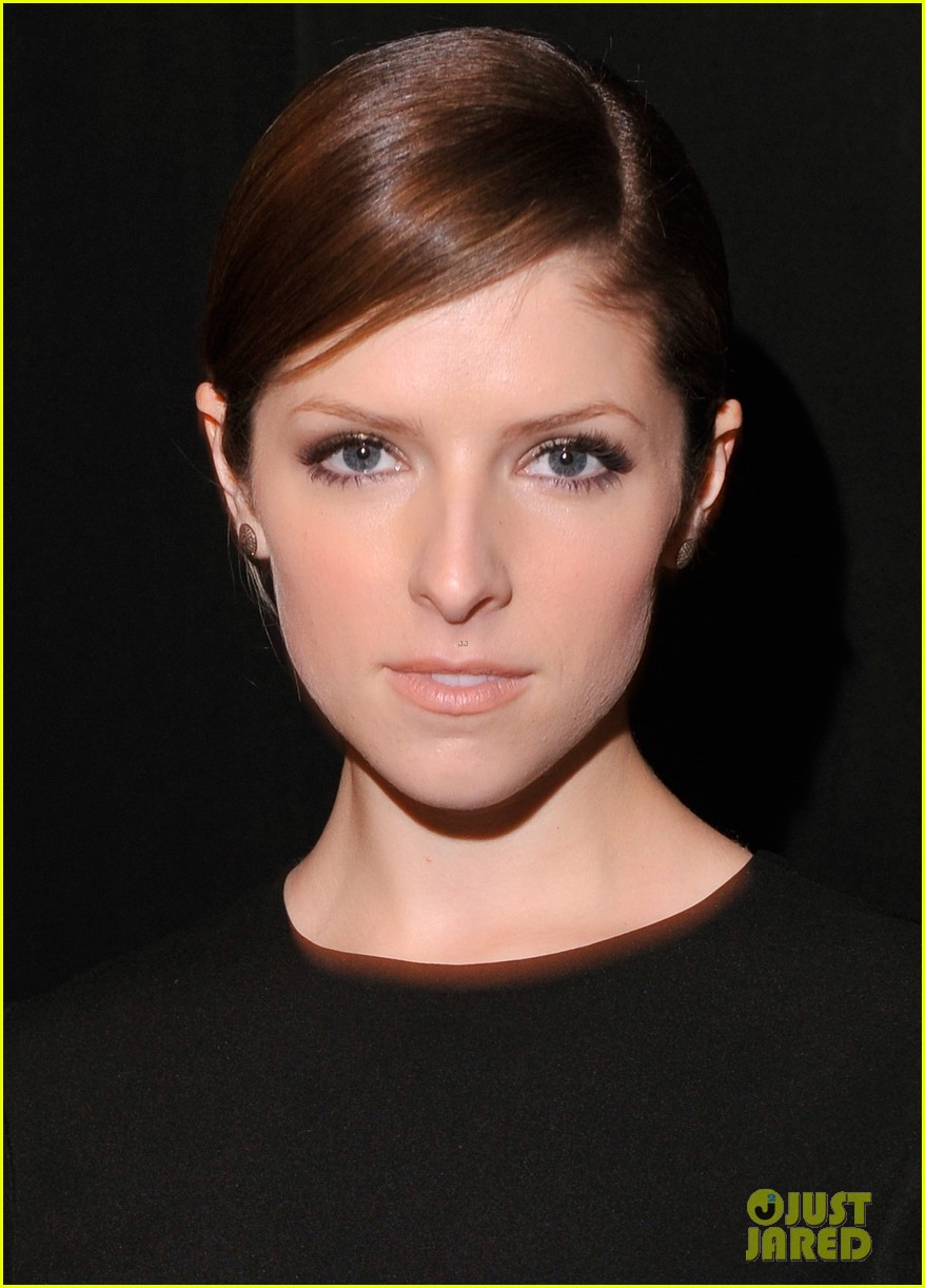 anna kendrick doesnt want to see scary anti smoking ads 063052982