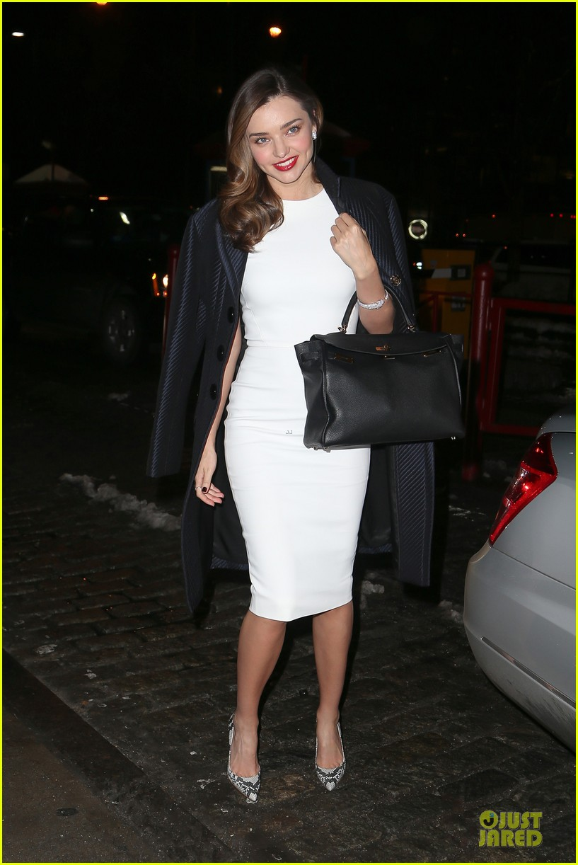 miranda kerr illuminates new york city with her beauty 08
