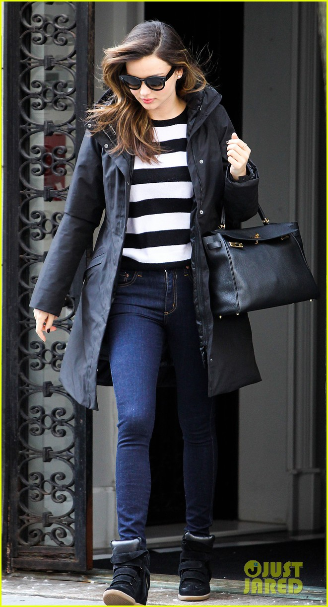 miranda kerr steps out after hm news 03