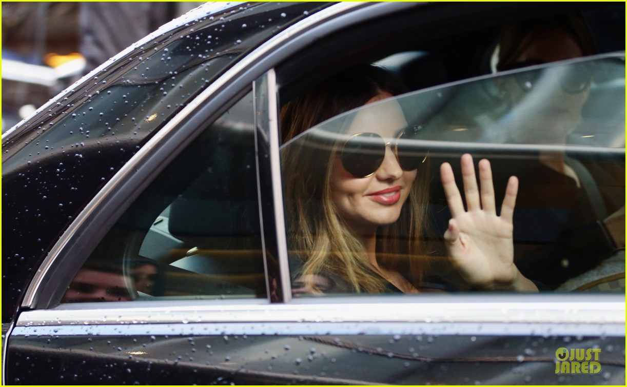miranda kerr walks sonia rykiel fashion show 043062491