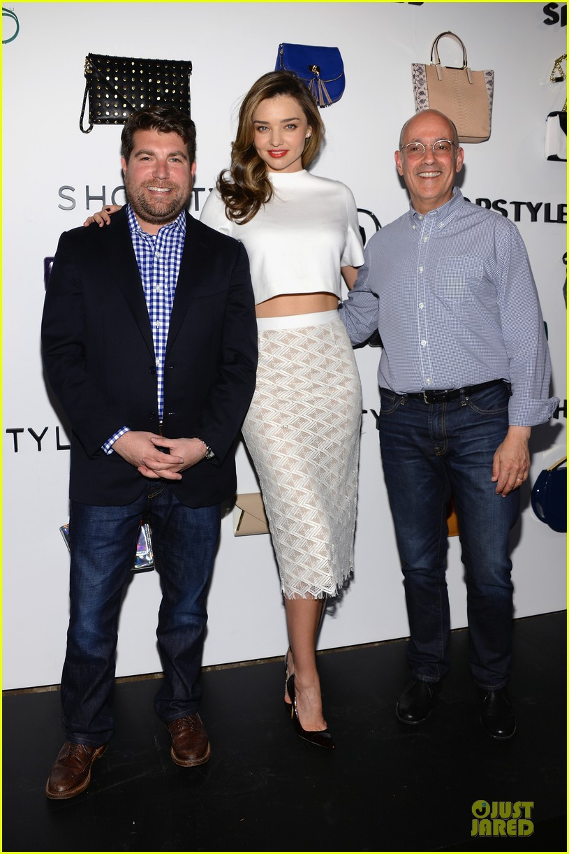 miranda kerr flaunts midriff at we search we find we shopstyle launch 113047133